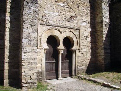 puerta_iglesia_Pe__alba.jpg